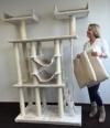 Kratzbaum für große Katzen XXL Cat Temple Elite Creme. Normal €399 ! Super Amazon Promo. Katzenkratzbaum speziell für große und schwere Katzen wie Maine Coon. Europäischer Qualitätsproduktion von RHRQuality -